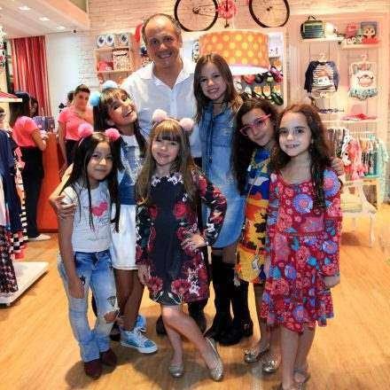 Puket lança meia sapatilha em parceria com a Swarosvki