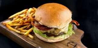 OurBasic Fritas-SAilor-The Burger League-uiara zagolin-na midia