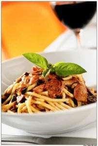 restaurante ITALY-Foto: Tadeu Brunell-na midia-uiara zagolin