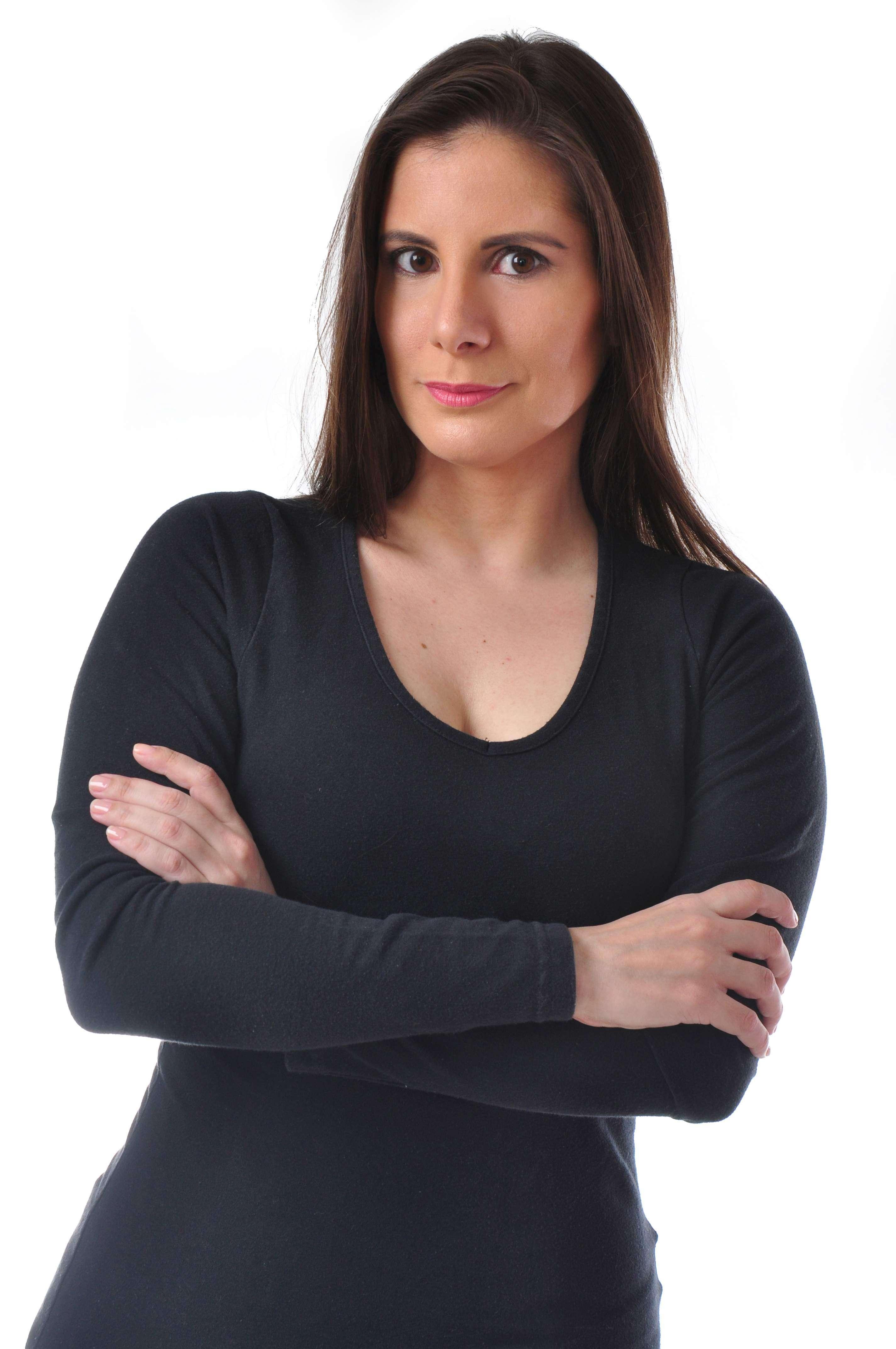 Atriz Evelyn Montesano fala sobre sua carreira