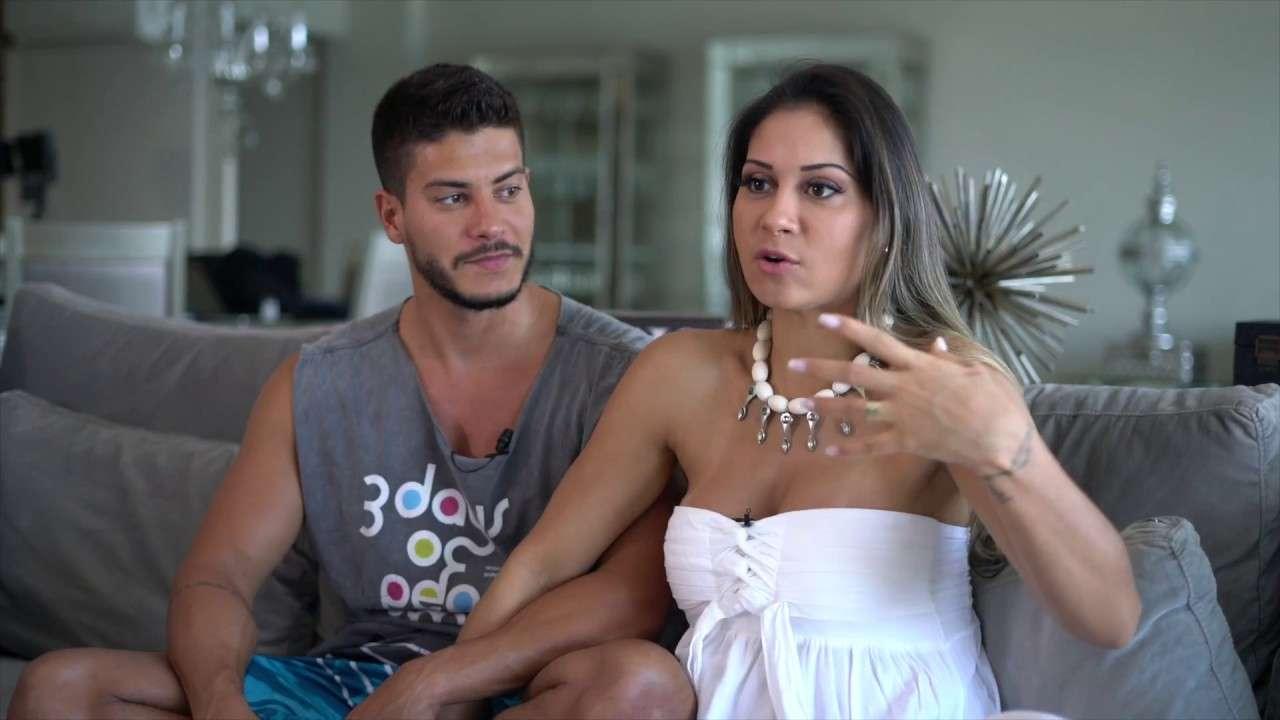 Mayra Card e Arthur Aguiar revelam sexo do filho