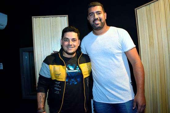 """Julio & Jader gravam nova música """"Meu Ponto Fraco"""""""