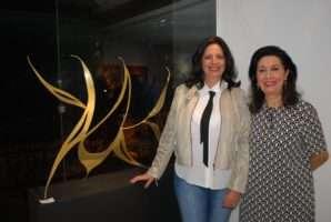 Lançamento de livro de arte na Inn Gallery