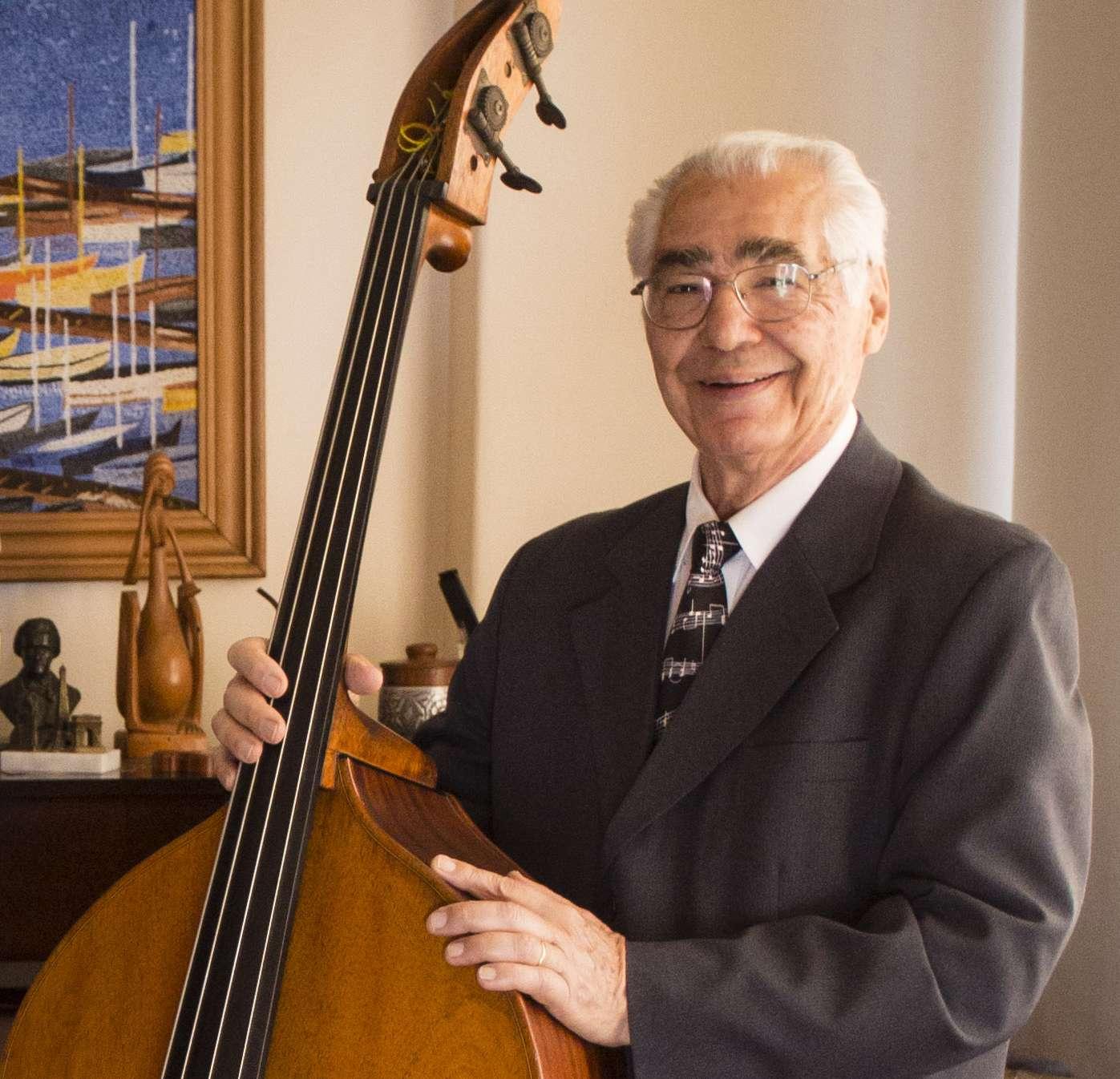 Sandrino Santoro é homenageado pela Escola de Música UFRJ