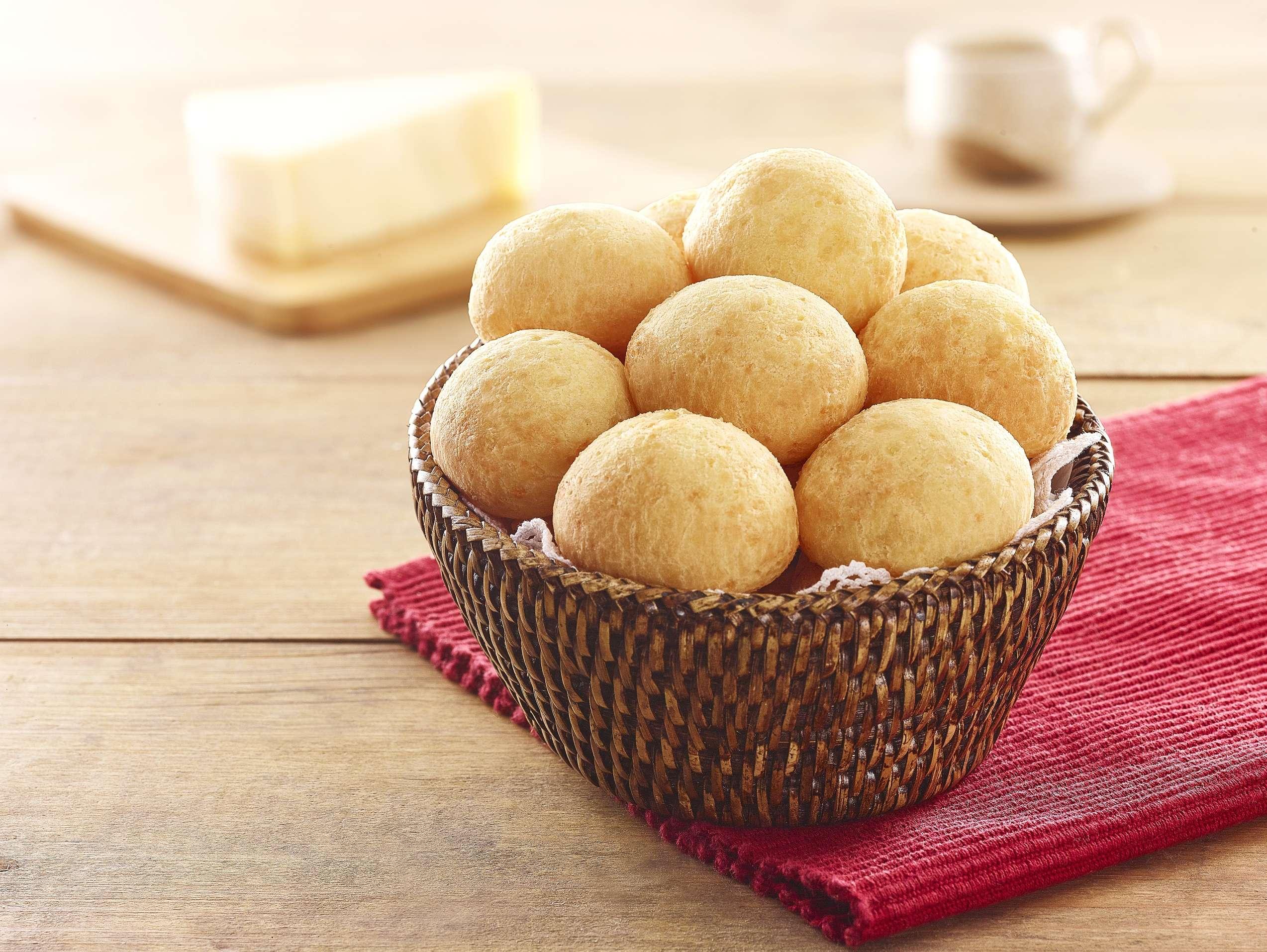 Hoje é o dia de celebrar a iguaria mineira, o Pão de Queijo