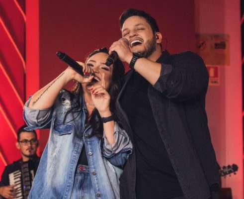 Luiza & Maurílio divulgam primeiro videoclipe