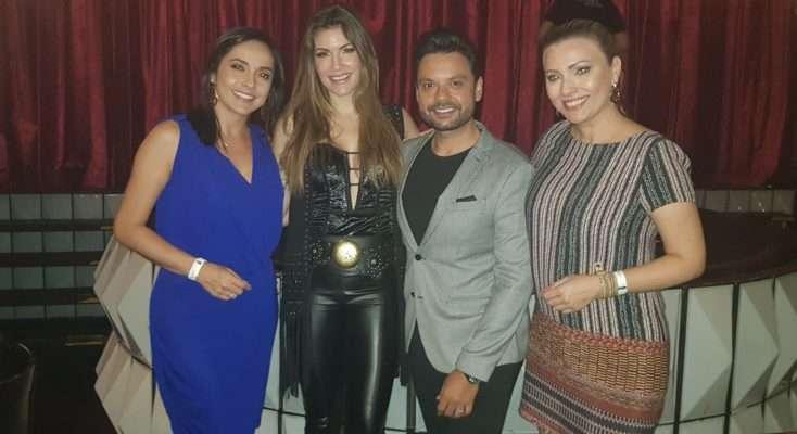 Lucyana Villar recebe famosos no Paris 6 Burlesque