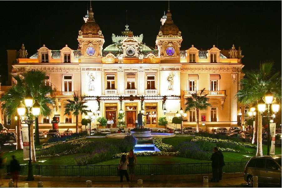 Quem é alguém passa o inverno em Monte-Carlo