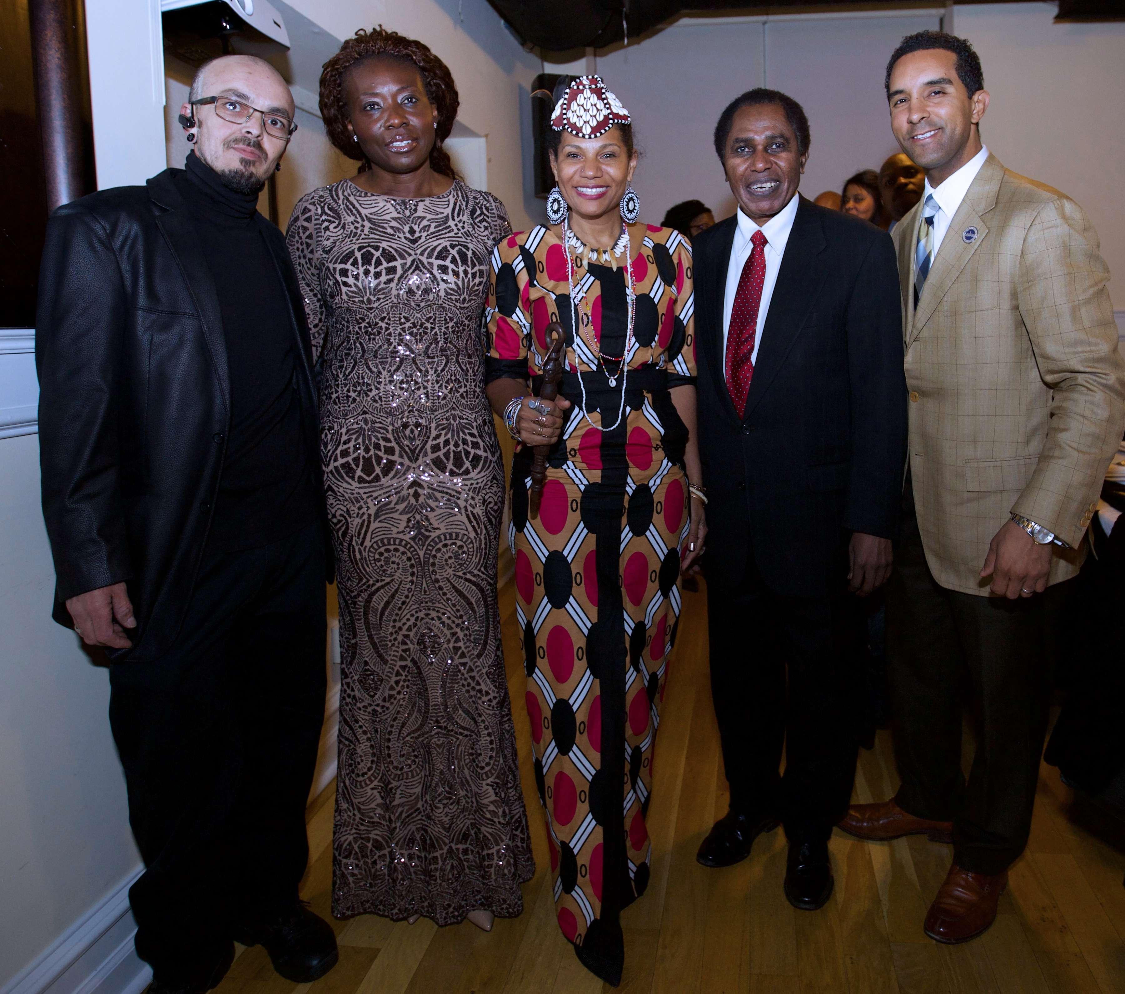 Rainha do Congo em visita a Nova Iorque
