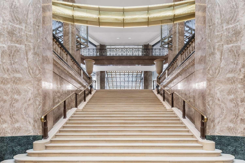 Galeries Lafayette abre sua nova loja na Champs-Elysées