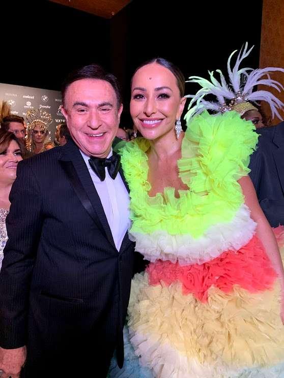 Amaury Jr. traz cobertura completa do Baile da Vogue