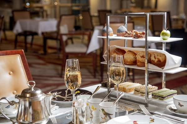 Chás da tarde nos hotéis da Dorchester Collection