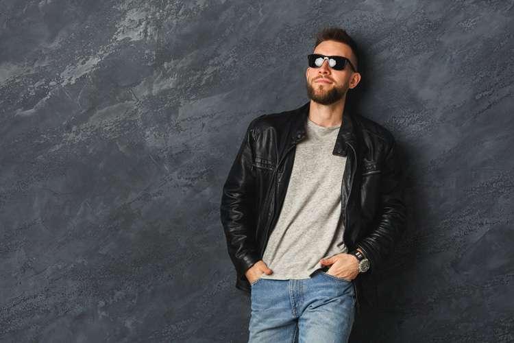 Jaqueta de couro: o coringa do guarda-roupa masculino