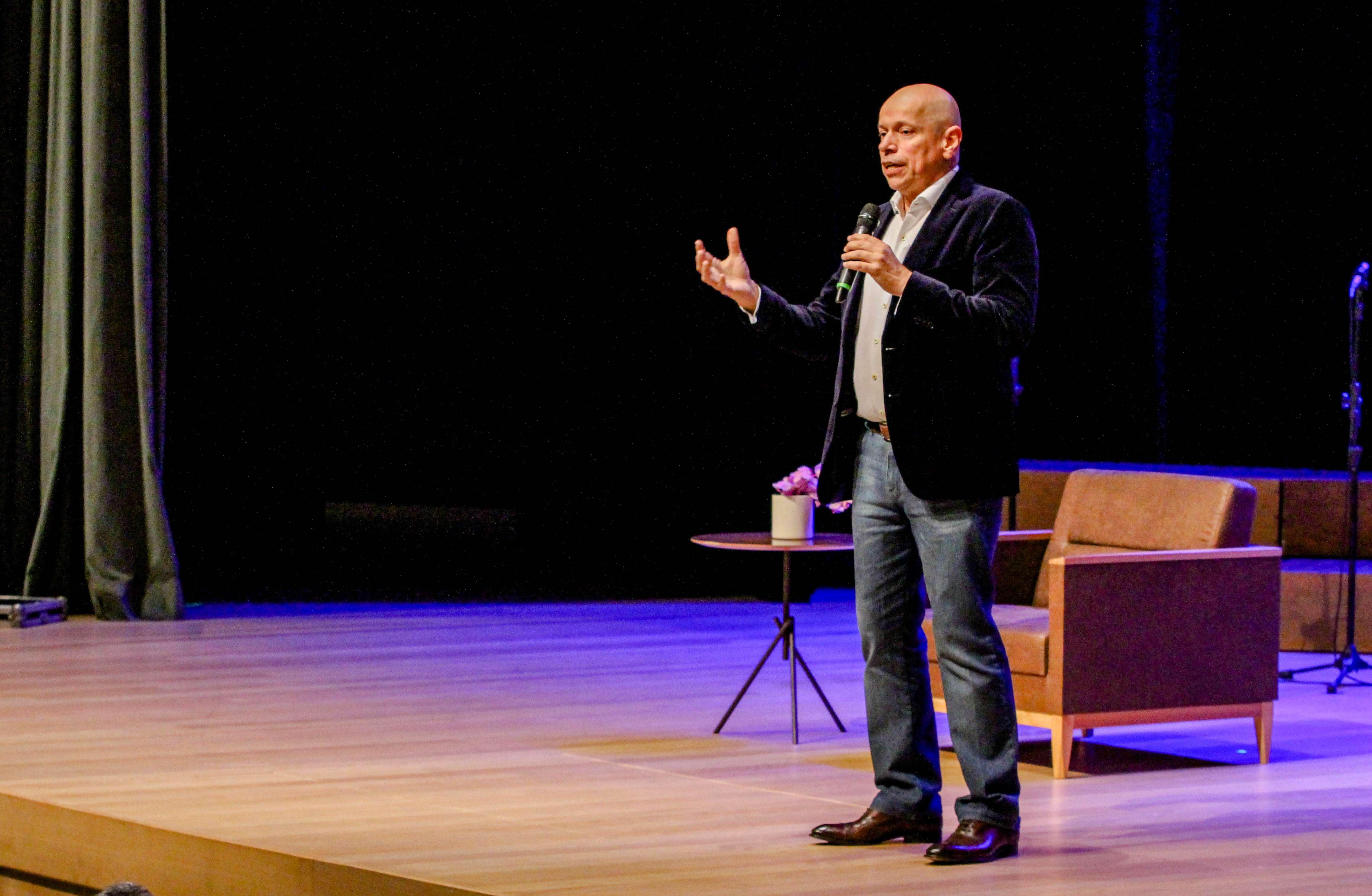 Teatro Moise Safra novo espaço cultural de SPaulo