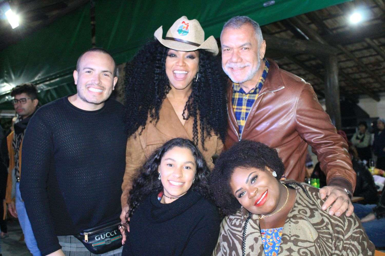 Arraiá Beneficente com Jojo Todynho e Rita Cadillac