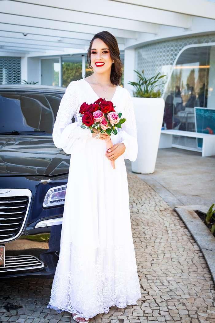 Influencer casou em estilo low profile no Rio de Janeiro
