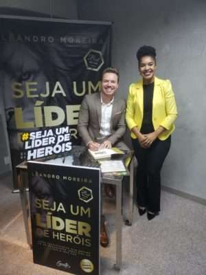 Lançamento SEJA UM LÍDER DE HERÓIS em SPaulo