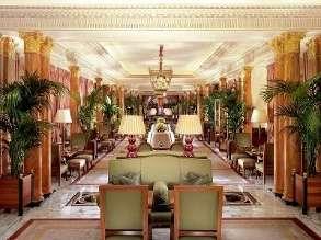 Chá da tarde sazonal no icônico hotel The Dorchester