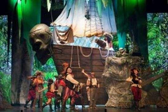 Musical Peter Pan faz temporada no Teatro Bradesco