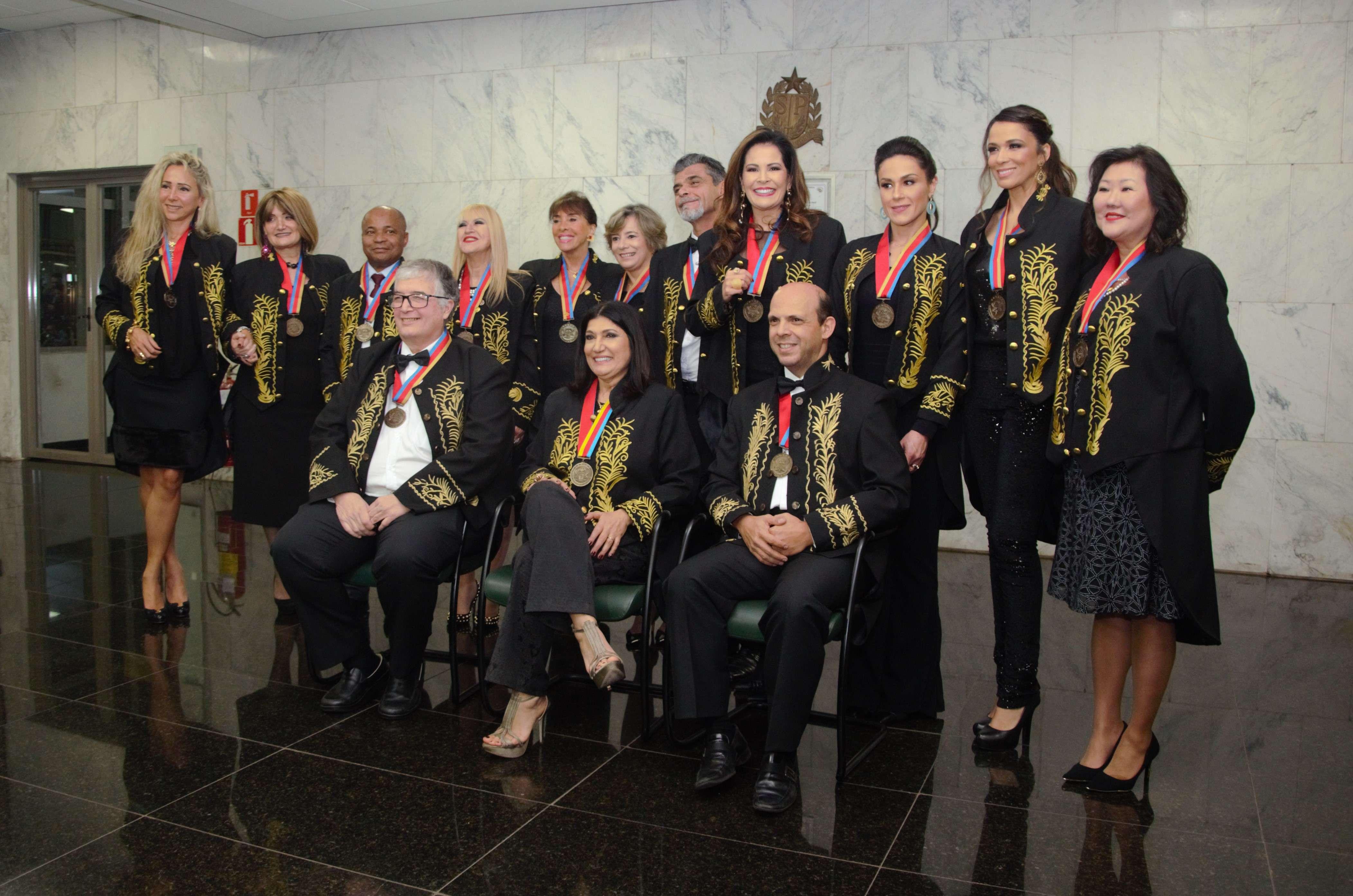 Leniza Krauss recebe homenagem da ACLASP