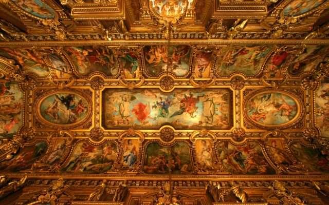 O Poder e a História por trás dos Muros do Vaticano