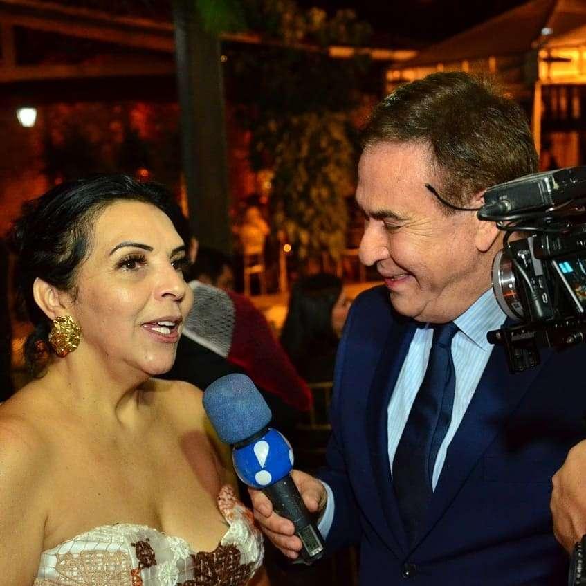 Aninha Monteiro celebra mais uma primavera