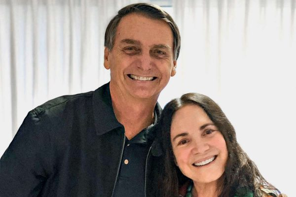 jair-bolsonaro-regina-duarte-2018-0054-vejasp-namidia