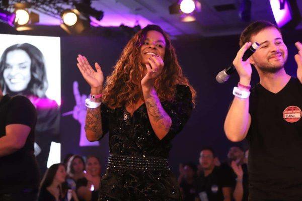 Vivi Siqueira é a hairstylist das celebridades