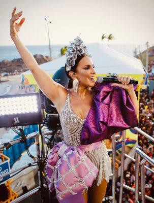 Ivete Sangalo é pura energia no carnaval