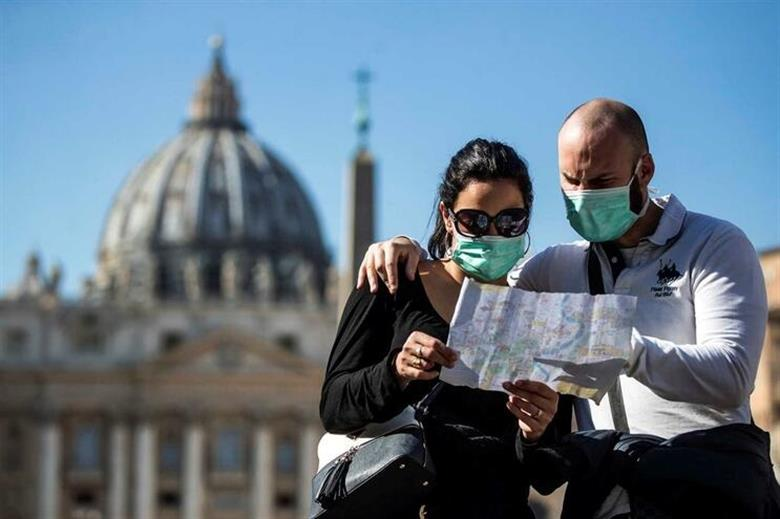 Epidemia de coronavírus na Itália isola o papa Francisco, altera a rotina do Vaticano e prejudica as finanças da Igreja