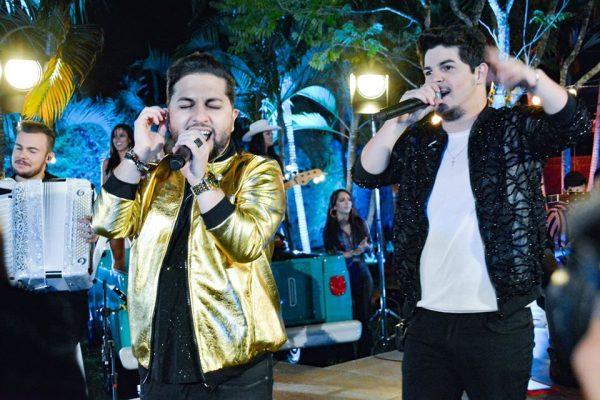 A dupla Júnior & Cézar gravam novo projeto