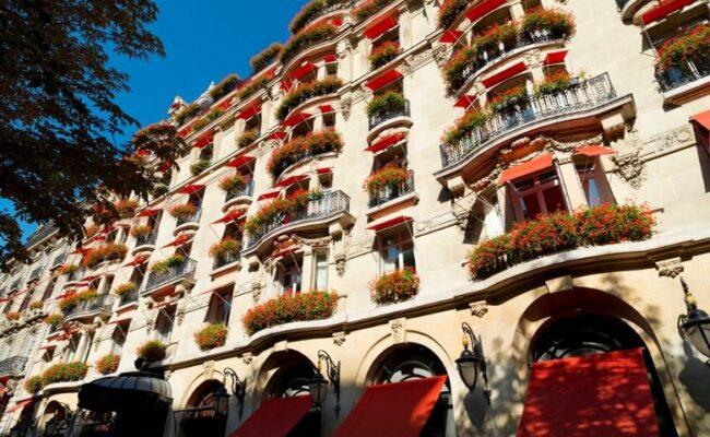 Proprietária de elegantes hotéis e a crise global da saúde
