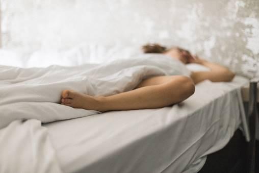 Será que dormir sem calcinha faz bem à saúde?