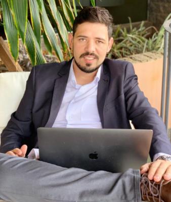 Empresário de famosos youtubers lança curso online gratuito
