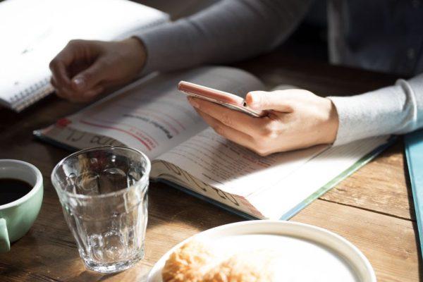 Levantamento aponta 41% das pessoas estão lendo mais