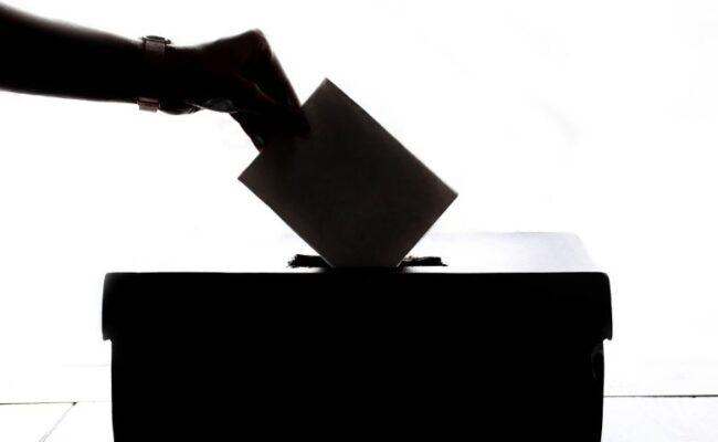 Eleições chegando e você sabe o que um VEREADOR faz?