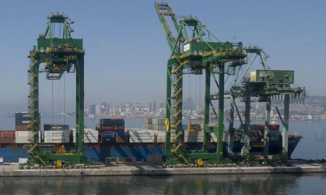 Balança comercial registra superávit recorde em setembro