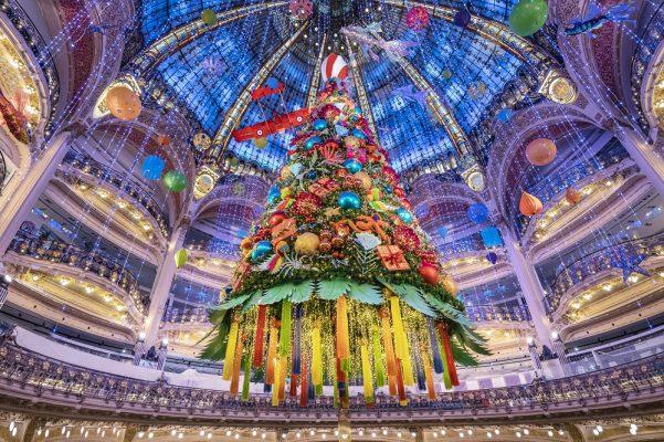"""""""A Viagem de Noel"""" atração mais aguardada em Paris"""