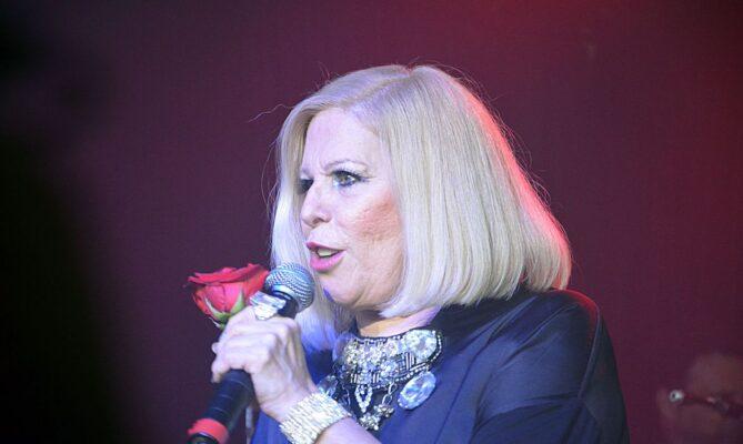 A cantora Vanusa faleceu na madrugada deste domingo
