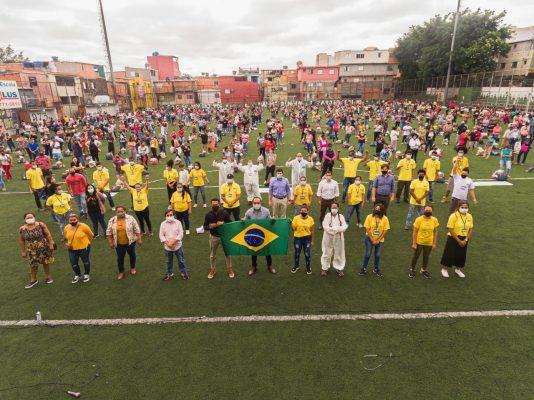 """Neste Natal """"Adote uma Família"""" em Paraisópolis"""