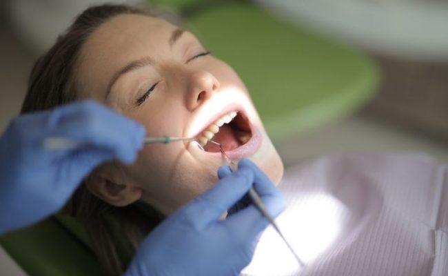 Uma boa rotina de higienização bucal em três passos