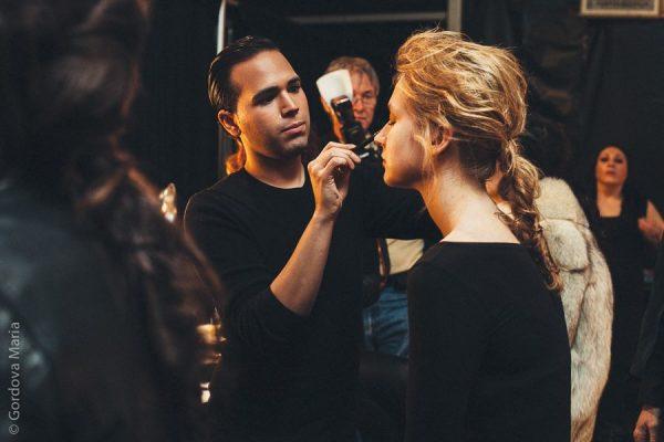 Prêmio ao melhor maquiador dos sets de produção