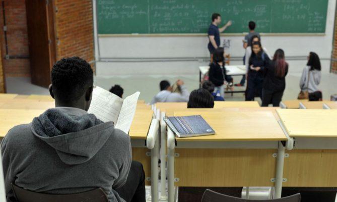 Alunos terão aulas remotas e presenciais no Rio