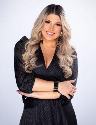 Adryana Ribeiro é jurada no Revelações Brasil