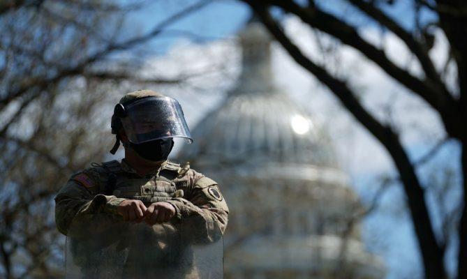 Ataque ao redor do complexo do Capitólio americano