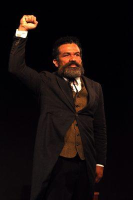 Deo Garcez de volta aos palcos no dia da Abolição