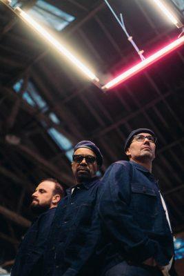 Trio DELGRES faz capa de ROLLING STONE FRANCE