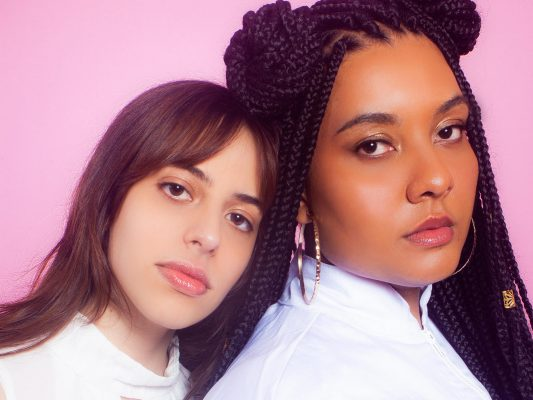 Nova música de Carola e Briana pela Altafonte