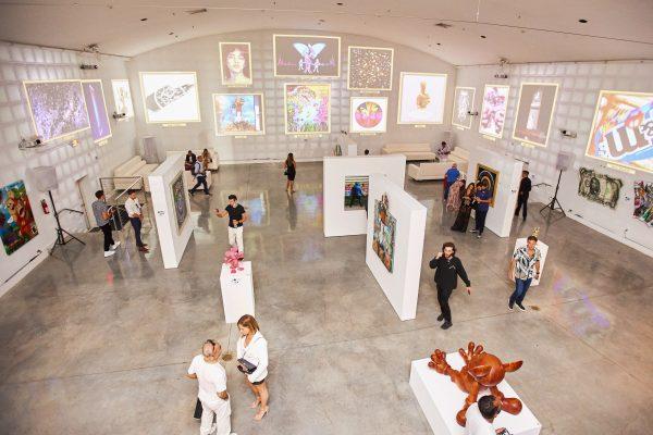 A primeira NFT ART Exhibition na Miami Temple House