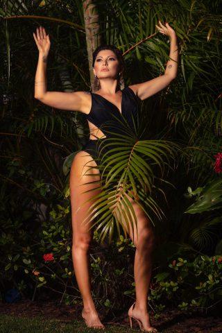 Talentosa Antônia Fontenelle é capa da Revista Mais Bonita
